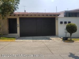 Casa En Ventaen Huixquilucan, La Herradura, Mexico, MX RAH: 21-1653