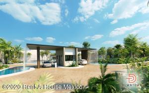 Casa En Ventaen Tulum, Akumal, Mexico, MX RAH: 21-1748