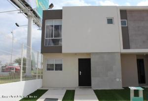 Casa En Rentaen El Marques, Zakia, Mexico, MX RAH: 21-1806
