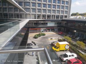 Local Comercial En Rentaen Queretaro, Centro, Mexico, MX RAH: 21-1818