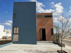 Casa En Ventaen Queretaro, El Mirador, Mexico, MX RAH: 21-1856