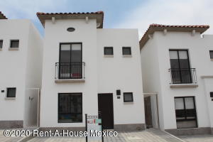 Casa En Ventaen Queretaro, San Isidro Juriquilla, Mexico, MX RAH: 21-1985