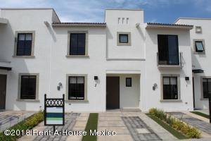 Casa En Ventaen Queretaro, El Mirador, Mexico, MX RAH: 21-2007