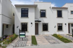 Casa En Ventaen Queretaro, El Mirador, Mexico, MX RAH: 21-2037