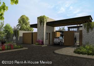 Terreno En Ventaen San Miguel Allende, La Luciernaga, Mexico, MX RAH: 21-2047