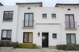 Casa En Rentaen El Marques, Zibata, Mexico, MX RAH: 21-2060