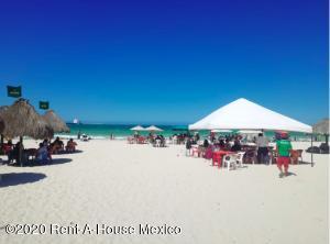 Terreno En Ventaen Merida, Puerto Progreso, Mexico, MX RAH: 21-2078
