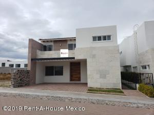 Casa En Ventaen Queretaro, La Vista, Mexico, MX RAH: 21-2112