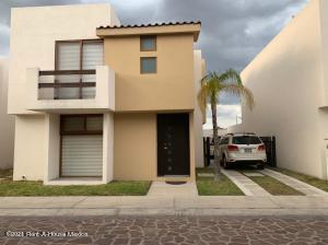 Casa En Ventaen Queretaro, Juriquilla, Mexico, MX RAH: 21-2137