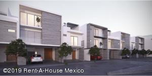 Casa En Ventaen Queretaro, El Refugio, Mexico, MX RAH: 21-2306