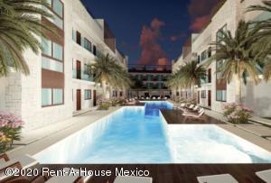 Departamento En Ventaen Tulum, La Veleta, Mexico, MX RAH: 21-2339