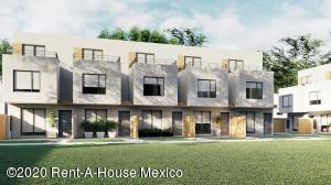 Casa En Ventaen Xochitepec, Fraccionamiento Santa Fe, Mexico, MX RAH: 21-2383