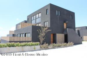 Departamento En Ventaen Queretaro, El Refugio, Mexico, MX RAH: 21-2392