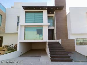 Casa En Ventaen San Agustin Tlaxiaca, Villas De La Concepcion, Mexico, MX RAH: 21-2439