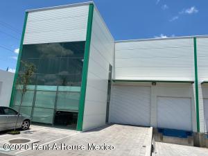 Nave Industrial En Rentaen El Marques, Parque Industrial Bernardo Quintana, Mexico, MX RAH: 21-2458