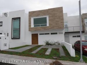 Casa En Ventaen Queretaro, Real De Juriquilla, Mexico, MX RAH: 21-2461