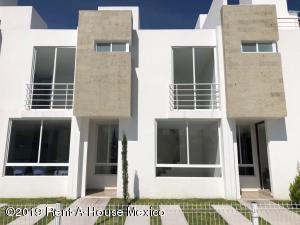 Casa En Ventaen Queretaro, Sonterra, Mexico, MX RAH: 21-2469