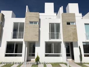 Casa En Ventaen Queretaro, Sonterra, Mexico, MX RAH: 21-2473