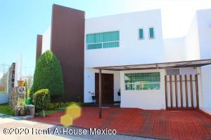 Casa En Ventaen Queretaro, El Mirador, Mexico, MX RAH: 21-2540