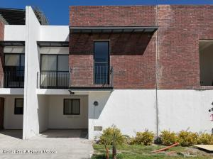 Casa En Ventaen Corregidora, El Pueblito, Mexico, MX RAH: 21-2576
