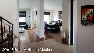 Casa En Ventaen Corregidora, El Pueblito, Mexico, MX RAH: 21-2659