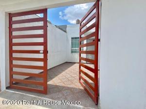 Casa En Ventaen Pachuca De Soto, Santa Matilde, Mexico, MX RAH: 21-2684