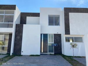 Casa En Ventaen Corregidora, Balvanera Polo Y Country Club, Mexico, MX RAH: 21-2692