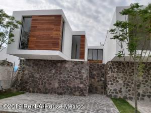 Casa En Ventaen Corregidora, Canadas Del Arroyo, Mexico, MX RAH: 21-2694