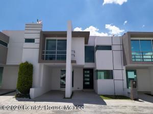 Casa En Ventaen Pachuca De Soto, Fracc Parque Esmeralda, Mexico, MX RAH: 21-2743