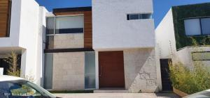 Casa En Ventaen Queretaro, Juriquilla, Mexico, MX RAH: 21-2747