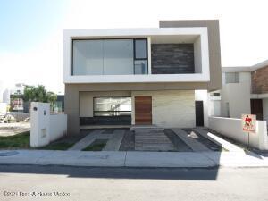 Casa En Ventaen Queretaro, Lomas De Juriquilla, Mexico, MX RAH: 21-2749