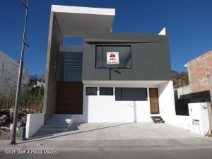 Casa En Ventaen Queretaro, Lomas De Juriquilla, Mexico, MX RAH: 21-2750