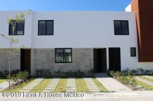 Casa En Ventaen Queretaro, Altos De Juriquilla, Mexico, MX RAH: 21-2770
