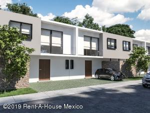 Casa En Ventaen Corregidora, El Condado, Mexico, MX RAH: 21-2787