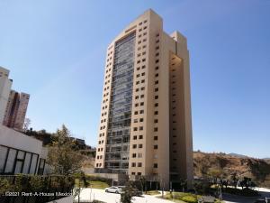 Departamento En Ventaen Huixquilucan, Bosque Real, Mexico, MX RAH: 21-1018