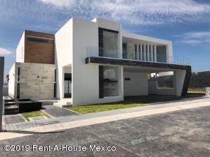 Casa En Ventaen Queretaro, Juriquilla, Mexico, MX RAH: 21-2833