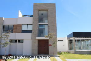 Casa En Ventaen Queretaro, Altos De Juriquilla, Mexico, MX RAH: 21-2840