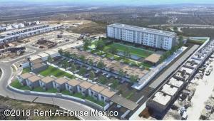 Casa En Ventaen El Marques, Zibata, Mexico, MX RAH: 21-2841