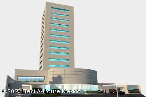 Oficina En Ventaen Queretaro, Valle De Juriquilla, Mexico, MX RAH: 21-2889