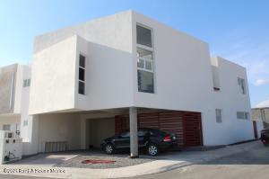Departamento En Rentaen Queretaro, El Mirador, Mexico, MX RAH: 21-3073
