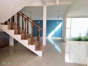 Casa En Rentaen Pachuca De Soto, Lomas Residencial Pachuca, Mexico, MX RAH: 21-2991