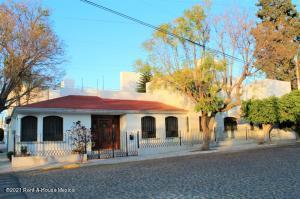 Casa En Ventaen Queretaro, Carretas, Mexico, MX RAH: 21-3103