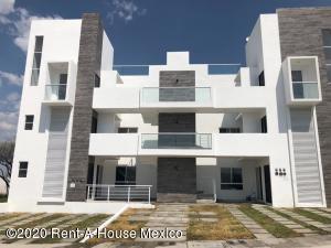 Departamento En Ventaen El Marques, Zakia, Mexico, MX RAH: 21-3112