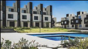 Casa En Ventaen Queretaro, El Mirador, Mexico, MX RAH: 21-3128