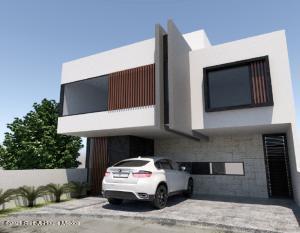 Casa En Ventaen El Marques, Zibata, Mexico, MX RAH: 21-3138