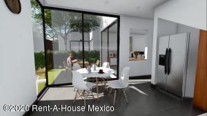 Casa En Ventaen Tlalpan, Fuentes De Tepepan, Mexico, MX RAH: 21-3141