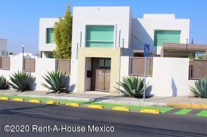 Casa En Ventaen Queretaro, Juriquilla, Mexico, MX RAH: 21-3161