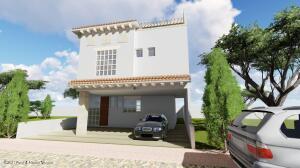 Casa En Ventaen Tequisquiapan, Fraccionamiento Rivera De Las Sabinos, Mexico, MX RAH: 21-3210