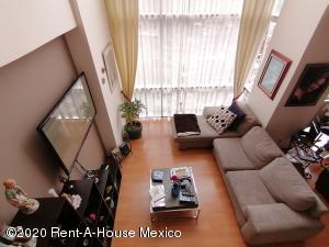 Departamento En Ventaen Huixquilucan, Hacienda De Las Palmas, Mexico, MX RAH: 21-3213