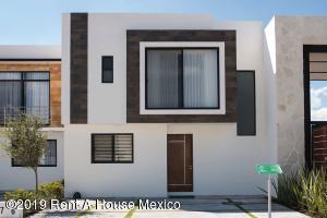 Casa En Ventaen Corregidora, El Condado, Mexico, MX RAH: 21-3243